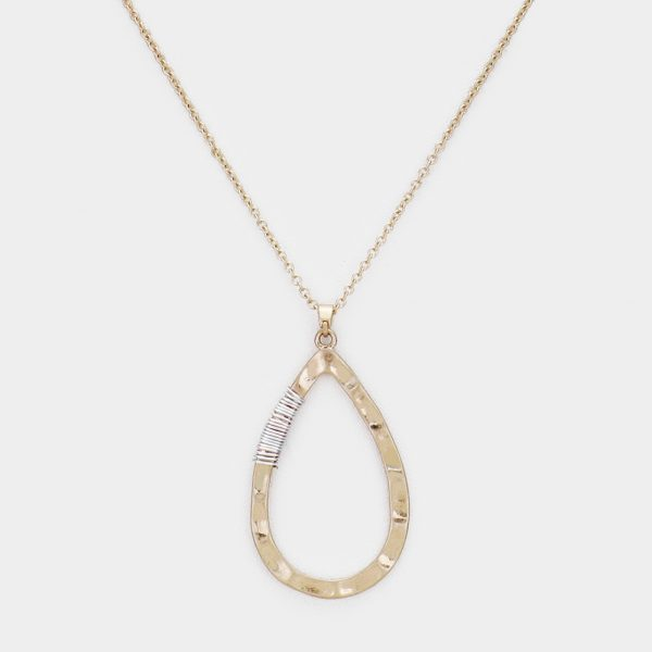 Gold Tear Drop Wired Pendant Necklace