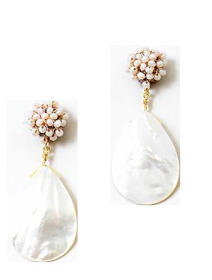 Queen of Pearl Earring