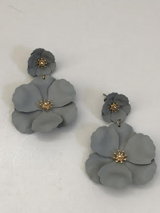 Gray Double Flower Drop