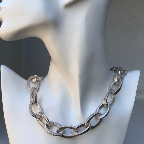 Silver Exaggerated Oval Chain Link Necklace